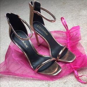 Rose Gold metallic ankle strap heels 💗